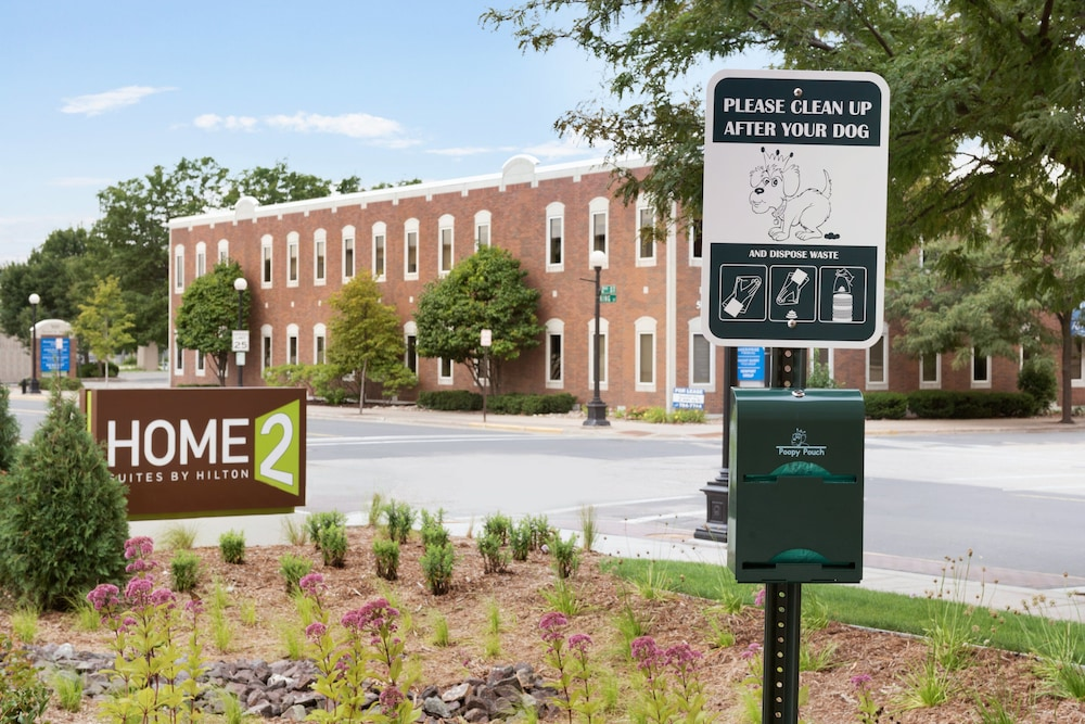 Pet-Friendly, Home2 Suites by Hilton La Crosse