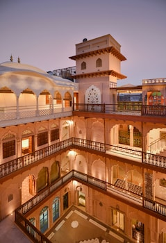 WelcomHeritage Haveli Dharampura