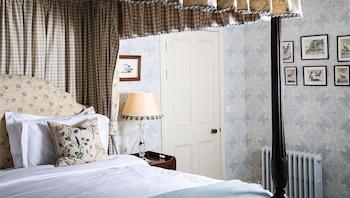 Loch Lomond Arms Hotel - Reviews, Photos & Rates - ebookers com