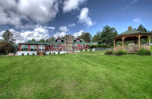 Great Place to stay Black Forest Inn Bed & Breakfast near Rapid City
