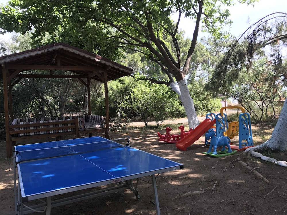Children's Area, Baris Pension & Bungalows