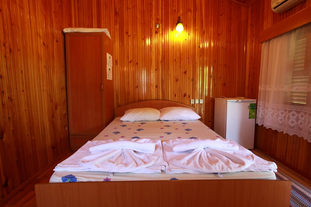 Room, Baris Pension & Bungalows
