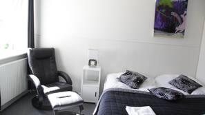 Desk, cots/infant beds, free WiFi