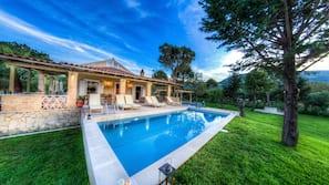 Seasonal outdoor pool, a natural pool