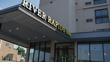 River Rapids Inn