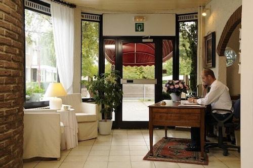 Hotel limburgia riemst hotelbewertungen expedia