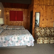 Pembina River Inn