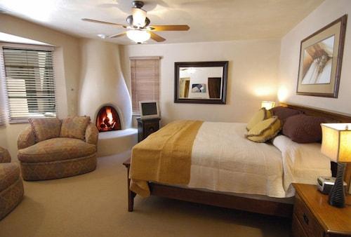 Great Place to stay El Corazon de Santa Fe near Santa Fe
