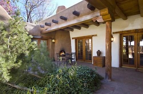 Great Place to stay Magdelena at the Plaza near Santa Fe