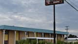 Woodfield Inn & Suites - Yoakum Hotels