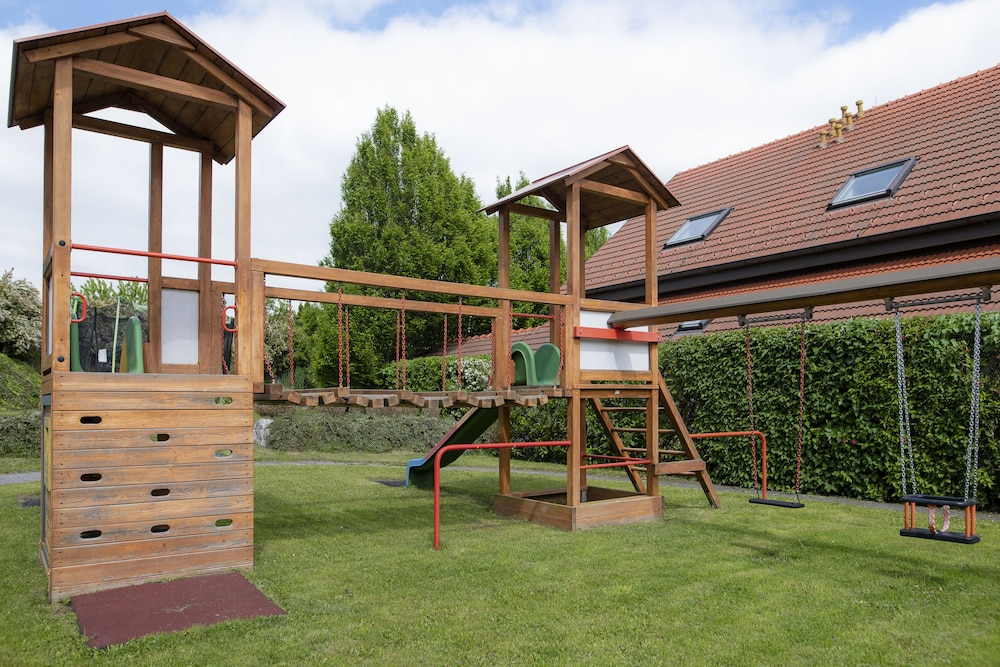 Children's Play Area - Outdoor, Thermenhotel 4 Jahreszeiten