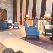 Shang Luxury Suites
