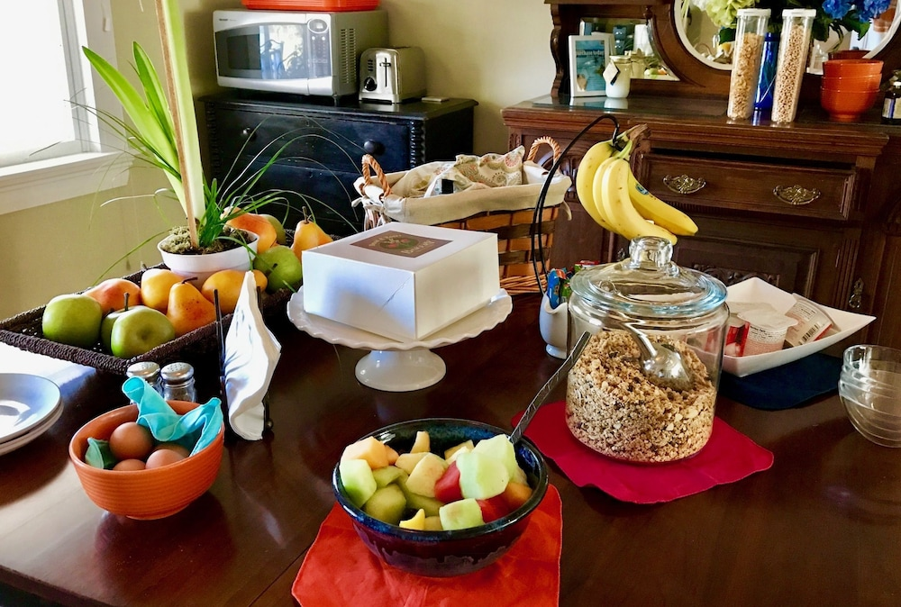 Bourne bed and breakfast 2019 room prices 139 deals for Bed and breakfast area riservata
