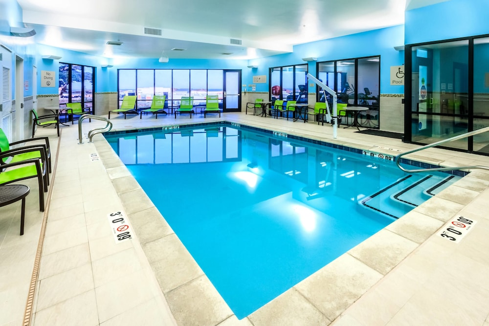 Indoor Pool, SpringHill Suites by Marriott The Dunes On Monterey Bay