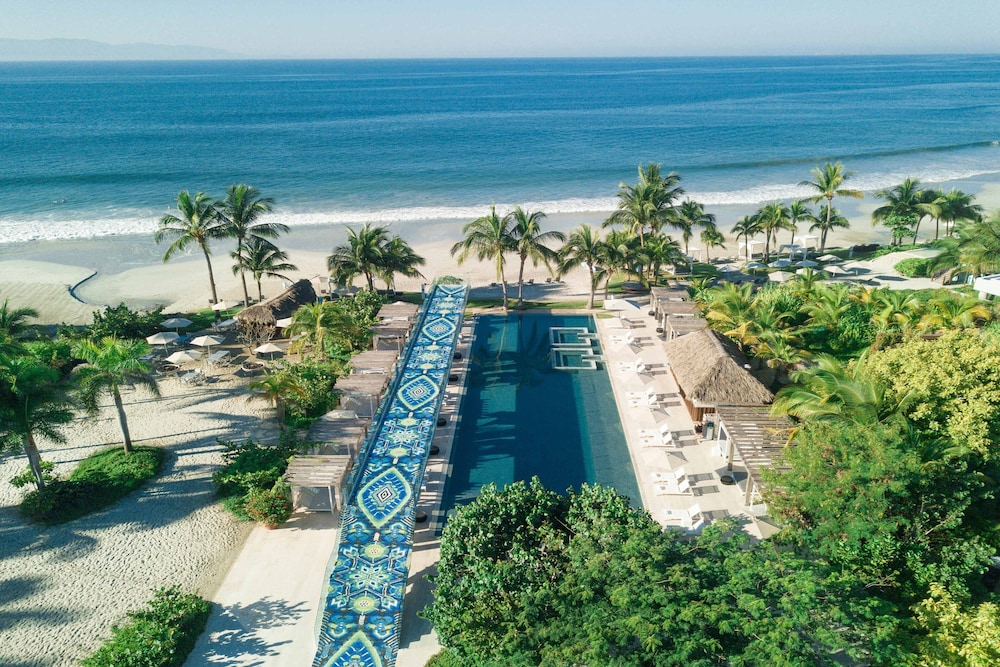 Featured Image, W Punta de Mita