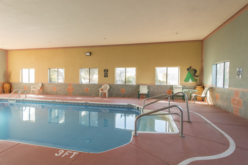 Indoor Pool, Copper Canyon Inn