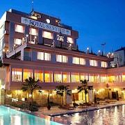 the 10 best hotels in prigen east java for 2019 expedia rh expedia com penginapan di pasuruan kota hotel di dalam kota pasuruan