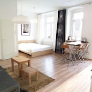 Vacation Apartment in Berlin 8389 by RedAwning