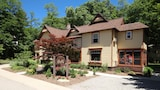 Twin Oaks Inn - Saugatuck Hotels