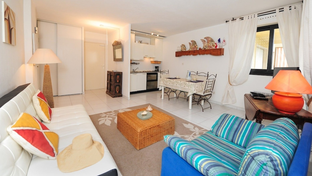 Interior, Le Corail - 5 Stars Holiday House