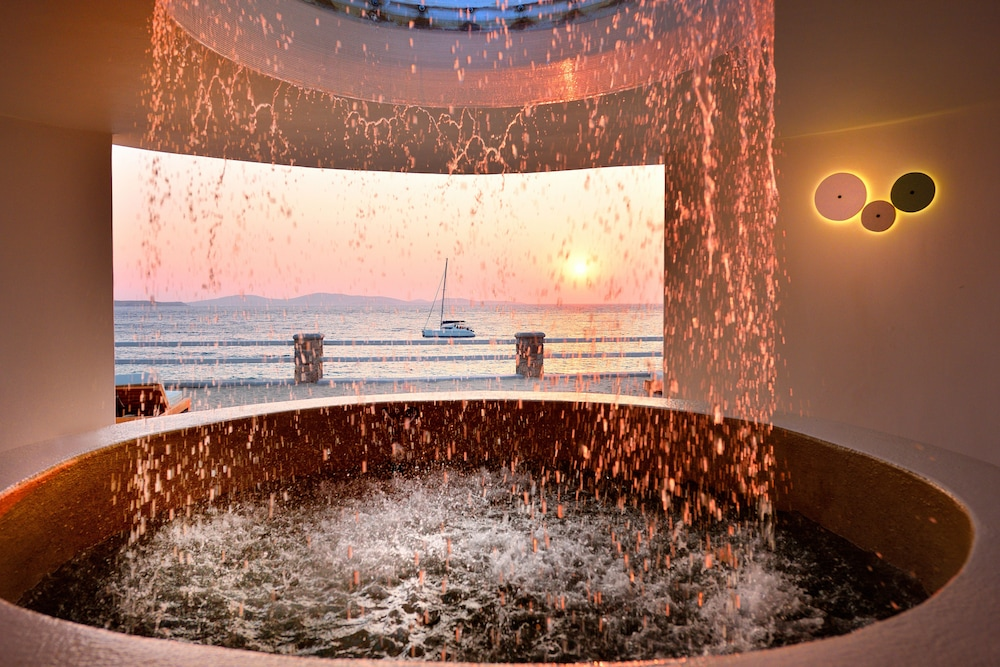Indoor Spa Tub, Anax Resort & Spa