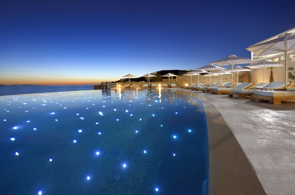 Infinity Pool, Anax Resort & Spa
