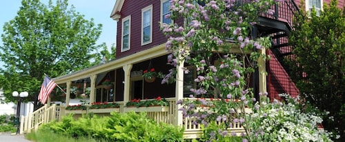 Great Place to stay The Central House near Bar Harbor