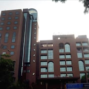 Hotel Sai Palace Grand Malad