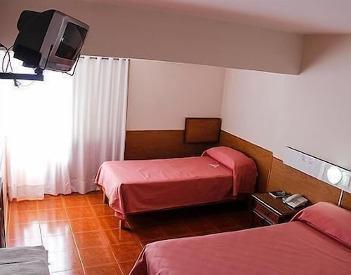 Menossi Hotel in Rio Cuarto | Hotel Rates & Reviews on Orbitz