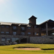 Ayres del Champaqui Suites Golf & Spa