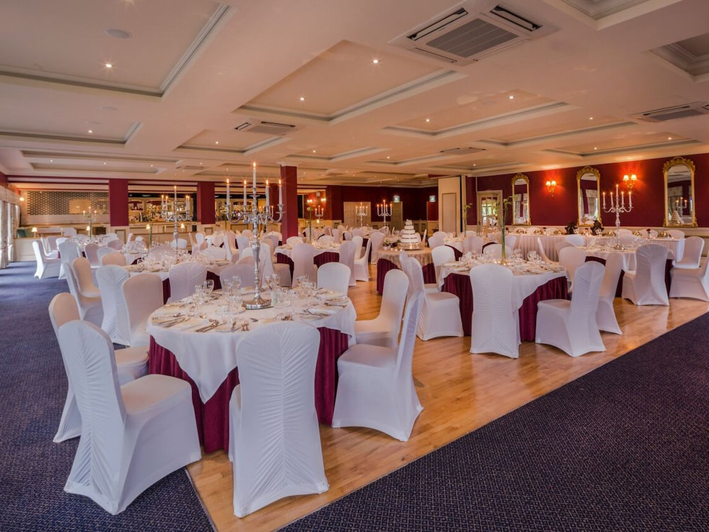 Banquet Hall, Crover House Hotel