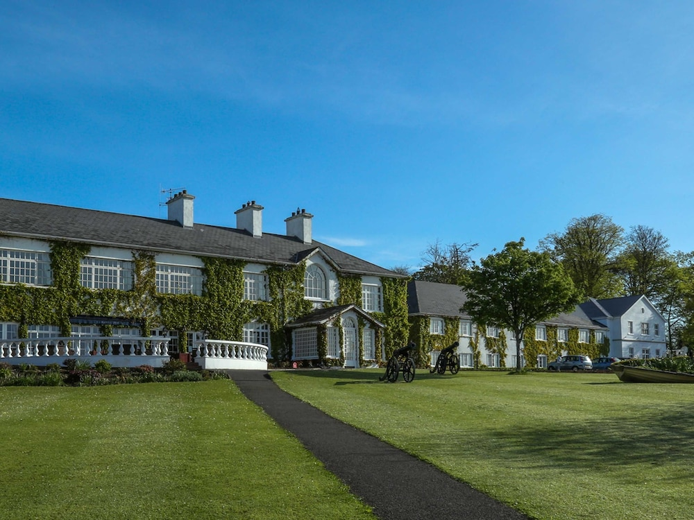 Featured Image, Crover House Hotel