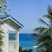 Villa Dawn Beach by RedAwning