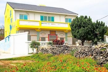 Mengqi Hostel