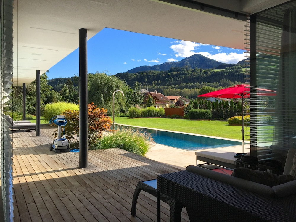 luxus villa mit pool k rnten in central carinthia hotel rates reviews on orbitz. Black Bedroom Furniture Sets. Home Design Ideas