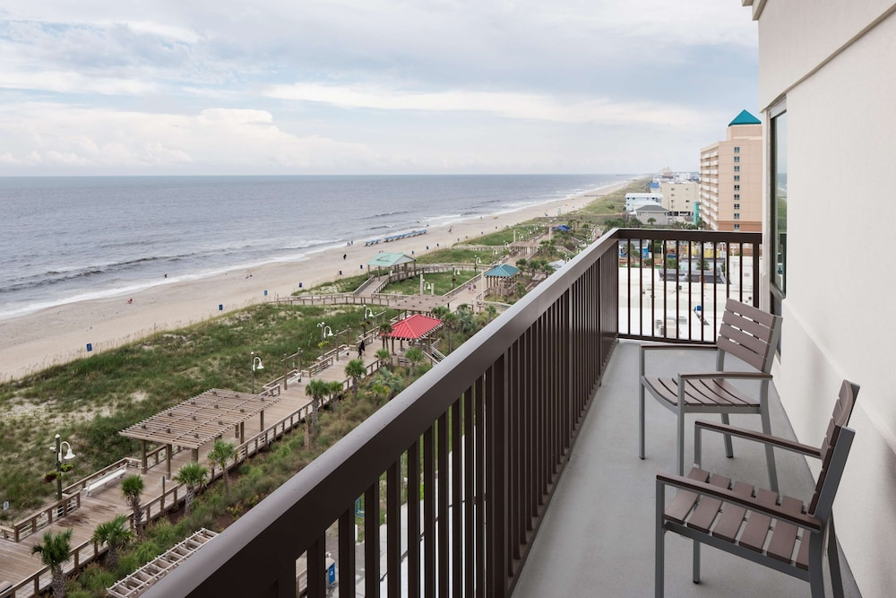 Beach/Ocean View, Hampton Inn & Suites by Hilton Carolina Beach Oceanfront