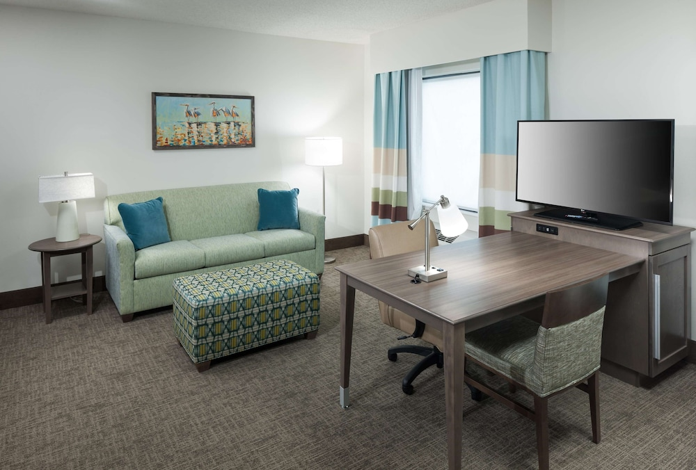 Living Area, Hampton Inn & Suites by Hilton Carolina Beach Oceanfront