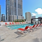 Nuovo Miami Apartments at Brickell - Downtown
