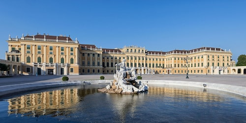 Visit Schoenbrunn Palace In Vienna Expedia