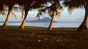 Beach nearby, scuba diving, kayaking