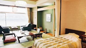 In-room safe, desk, linens, wheelchair access
