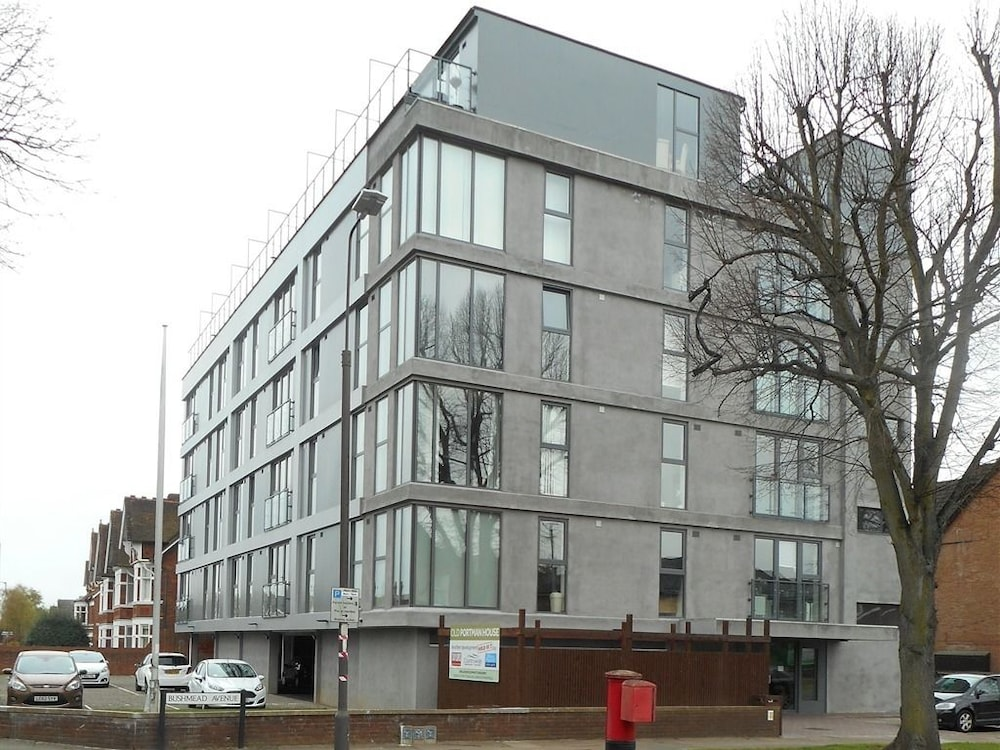 Book sterling serviced apartments old portman house for Sterling house