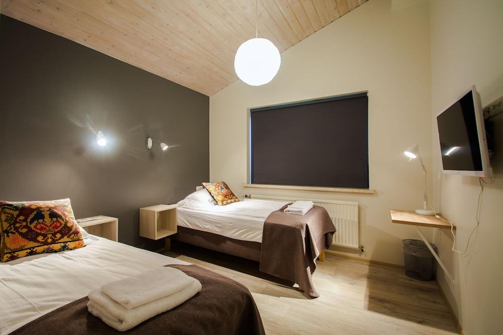 Brekkugerdi Guesthouse, Laugaras: 2018 Reviews & Hotel Booking ...