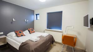 Skrivebord, gratis Wi-Fi, sengetøj