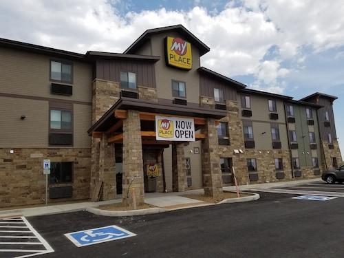 My Place Hotel - Loveland, CO