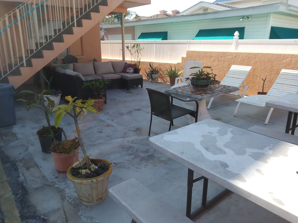 Terrace/Patio, Siesta Motel