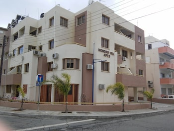 Nondas Hill Hotel Apartments