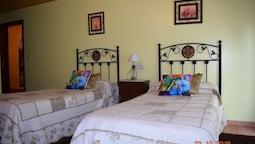 Casa Rural Os Carballos Barro 2019 Hotel Prices Expedia Co Uk