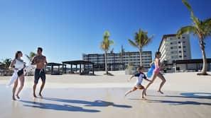 On the beach, white sand, scuba diving, 2 beach bars