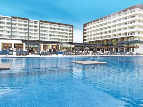 Royalton Blue Waters Montego Bay - All Inclusive